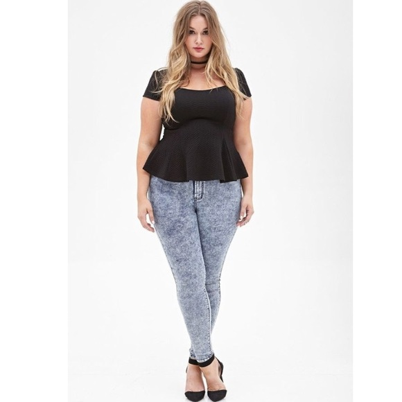 Forever 21 plus size acid wash high rise jeans 14